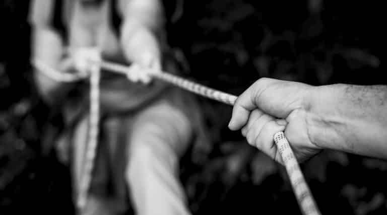 rope - tug of war